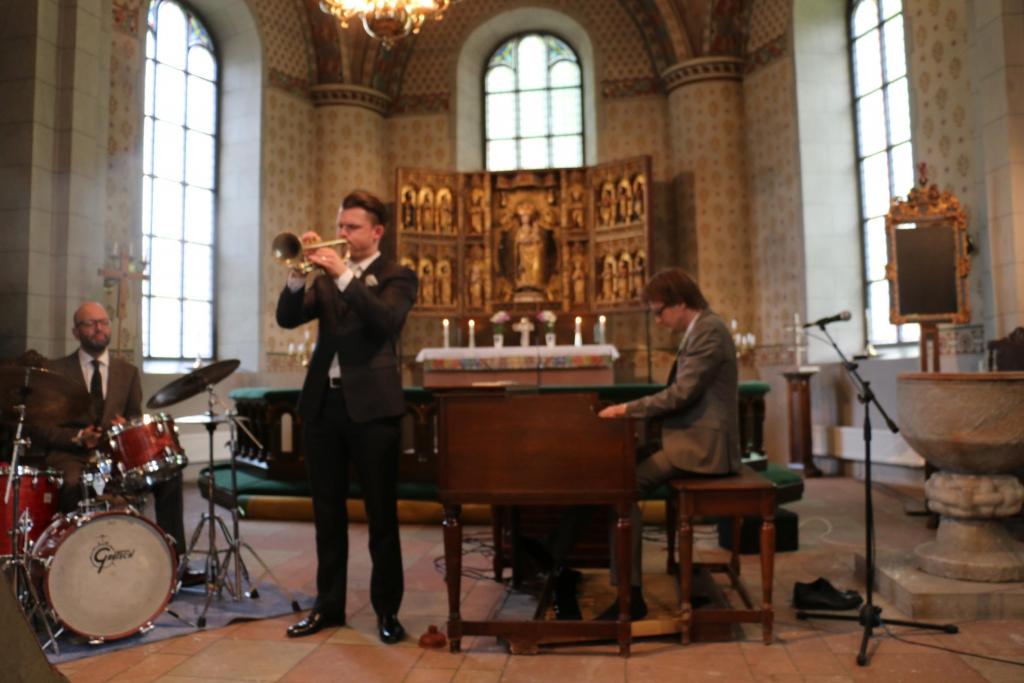 2014-06-15 Älvkarleby kyrka