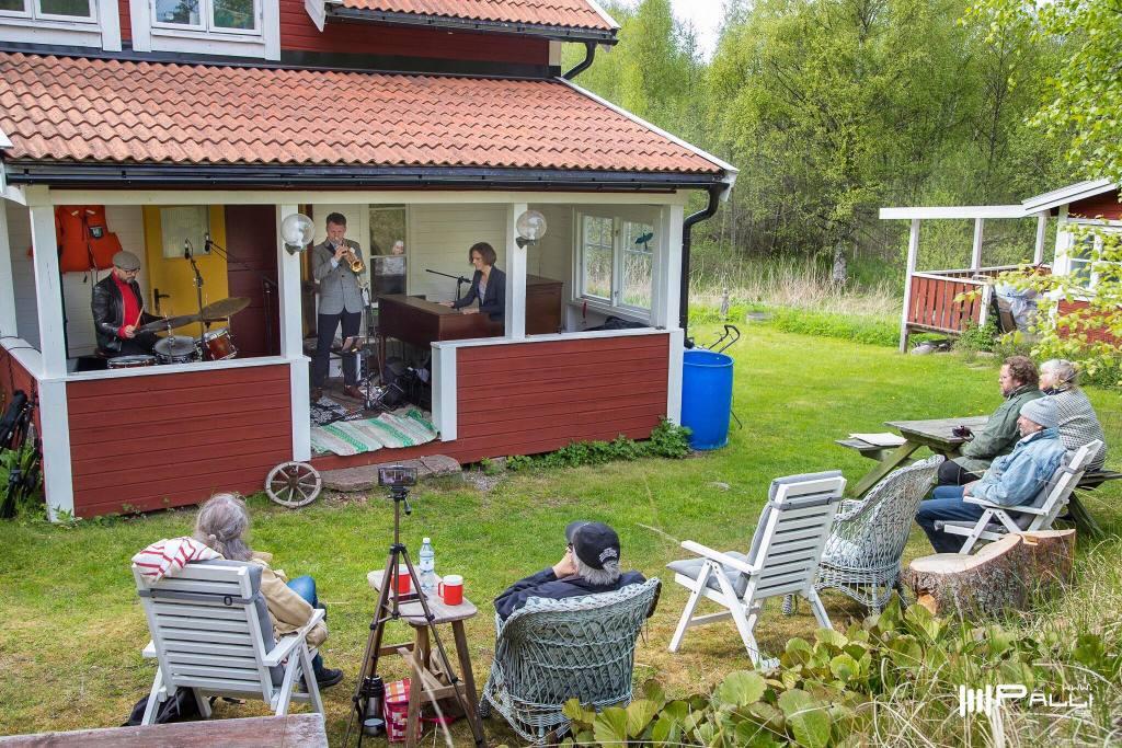 2020-05-27 Jojos veranda, Blidö
